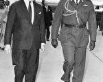 伊迪﹒阿明(右)1971年在英国(法新社)