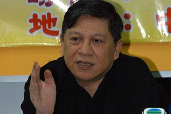 蕭若元直斥演藝界人士以及保險界人士自我審查是「羞恥」行為。(攝影:香港大紀元記者)