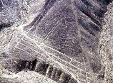 2001年拍攝的衛星照片﹐在高空看到的 Nasca線。(AFP)