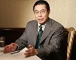 曹长青接受大纪元专访(摄影:苏昭蓉/大纪元)