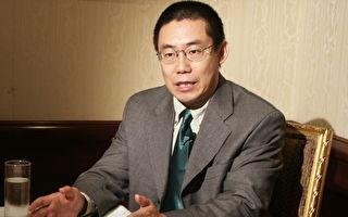 曹長青接受大紀元專訪(攝影:蘇昭蓉/大紀元)