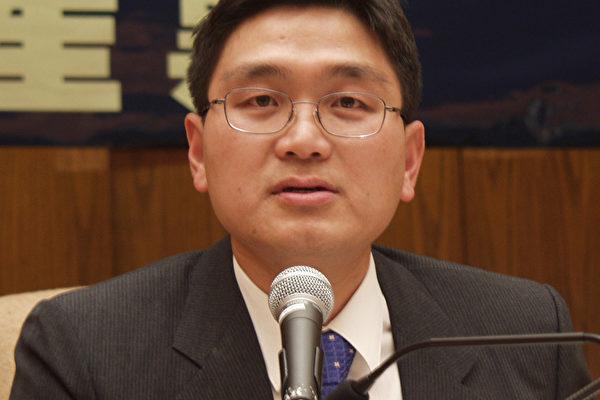 主持人 黄祖威博士 (大纪元记者摄影)