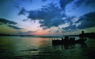 台灣古典詩:秋遊北海岸