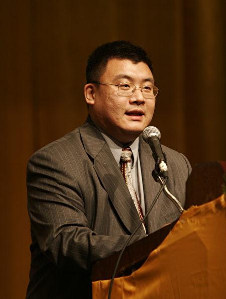 澳洲中华文化艺术基金会会长戴东尼