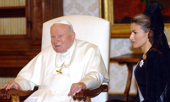 2004年6月28日,會見前任教宗Getty Images