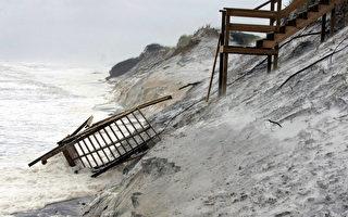 美第一个飓风肆虐佛州及阿拉巴马州