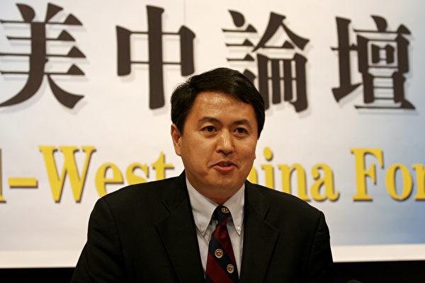 哈佛大学学者和中国问题专家张尔平先