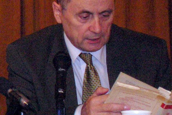 捷克斯洛伐克共和国前总理彦.卡诺古斯基先生