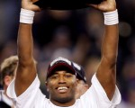 今年NFL最有价值球员,海鹰队(Seattle Seahawks)的亚历山大(Shaun Alexander) /Getty Images