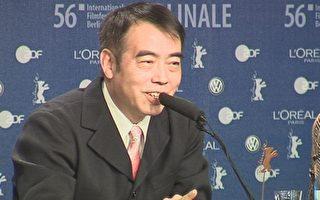 陳凱歌在記者招待會上(大紀元攝影)