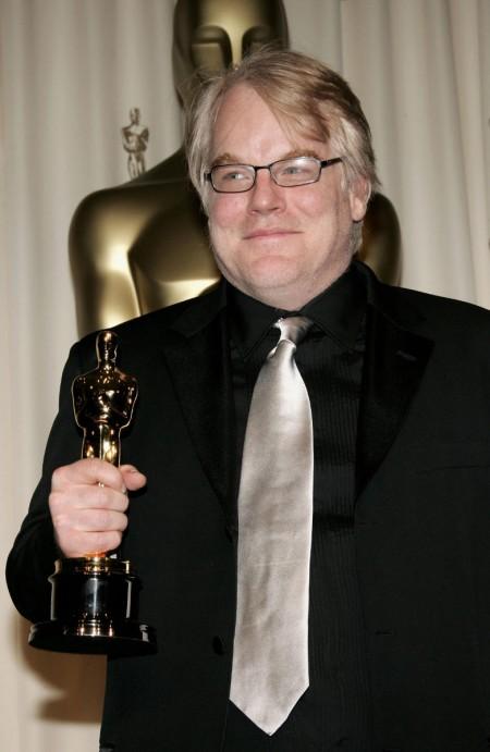 奥斯卡影帝由菲利普赛摩霍夫曼胜出