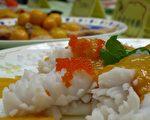 芒果创意美食品尝会展出顶级芒果及加工品(大纪元记者赖友容摄影)