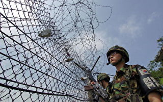 韓國士兵正在非軍事區(DMZ)巡邏。(JUNG YEON-JE/AFP/Getty Images/07 July 2006)