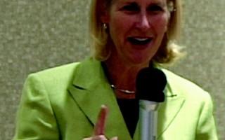 多伦多市长候选人皮特菲(Jane Pitfield)召集中文媒体发布新闻会(大纪元)