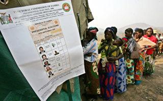 2006年9月28日,民眾投票選舉 (ALEXANDER JOE/AFP)
