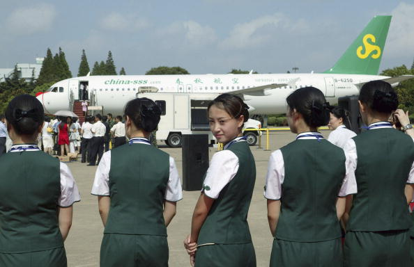 大陸搭飛機應怎麼稱呼空姐?九成人都說錯