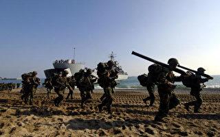 韩国军方10月27日在东南部港口城市浦项举行师团级(师级)规模登陆演习,浦项位于南韩首都首尔东南方374公里处( JUNG YEON-JE/AFP/Getty Images)