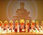 历史上慈悲世人的神佛,下到人间救度众生,留下了许许多多神迹,缔造了独具东方神秘色彩的中华神传文化或曰半神文化。(正见网)
