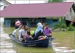 馬來西亞南部再遭洪水襲擊  兩萬人無家可歸