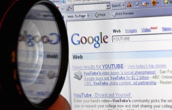 互联网搜索引擎公司谷歌(Google)宣布,将禁止在其网站上刊登代写论文广告。(Jeff J Mitchell/Getty Images)