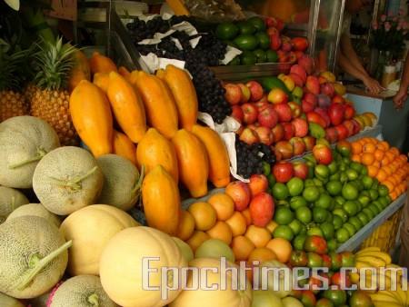 近日,俄羅斯在遠東俄中邊境禁止進口一批被病蟲感染的中國水果, 這些水果被迫運回中國。圖為水果示意圖。(銀雪/大紀元)