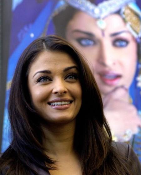 《印度時報》舉行的「上世紀美人」評選,印度甜心艾西瓦婭-雷奪得冠軍。(SEBASTIAN D'SOUZA/AFP)