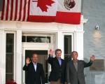 美國總統布希、加拿大總理哈珀和墨西哥總統卡爾德龍在三國峰會上。(大紀元)