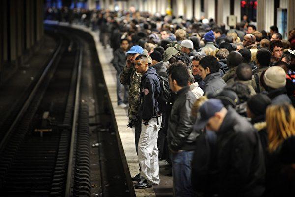 法財政部長:罷工每天造成四億歐元損失