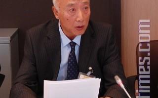 7月22日吴葆璋在法国议会举行的新唐人电视台记者会上发言。(摄影:周亦菲/大纪元)