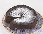 姜汁黑糖蛋糕(图:新唐人电视台 提供)