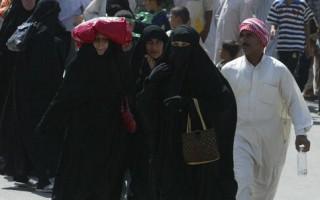 7月28日,什叶派回教徒徒步赶往巴格达一处圣殿参加重要宗教仪式。(ALI YUSSEF/AFP/Getty Images)