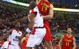 姚明30分率中国男篮击败安哥拉85-68