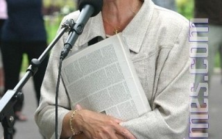 法国国会议员、前部长弗朗索瓦玆‧奥斯塔丽女士:我们站在你们一边。(摄影:章乐/大纪元)