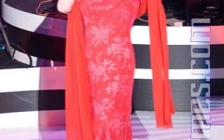 郭台銘為母包場  蔡琴演唱「嘆十聲」