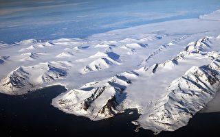 与海岸线平行的滩脊是独特、绵延、宽广的,它的形成须要远至北极点的大片海水长期都是没有结冰的状态。(Getty-Images)