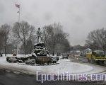 勒星頓鎮中心的地標雪景。(攝影:馮文鸞/大紀元)