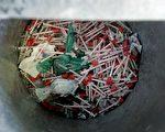 为了私利,销售有毒针筒与肝素的制造商AM2PAT,两名员工已遭法院判刑,幕后首脑也被全球通缉中。(DESHAKALYAN CHOWDHURY/AFP/Getty Images)