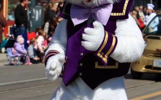 数万人观赏多伦多复活节游行
