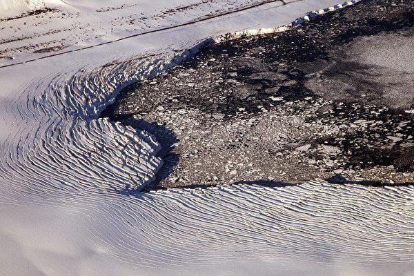 中国民间探险家 徒步3日征服北极