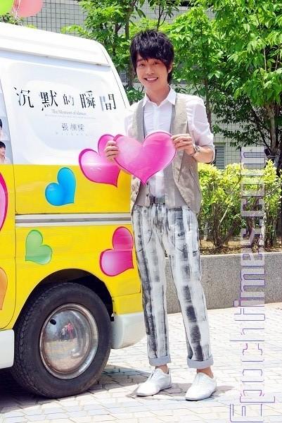 麵包車改裝戀愛巴士 張棟樑發想當媒人