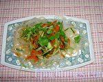 凉拌三丝冰粉条(图:梅芬/大纪元)