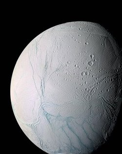 研究:土星卫星地底可能隐藏海洋甚至生命?