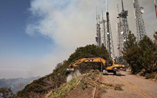 洛杉矶森林大火行为怪异 已有22%得到控制