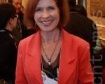 2009年10月9日,加拿大时尚及戏剧学院主任麦克尼-茂仁女士观看了多伦多佳能剧场的神韵演出。(摄影:艾文 / 大纪元)