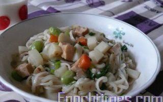 【健康輕食料理】蔬菜拌麵