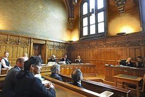 西班牙法院开审迫害法轮功元凶(2)