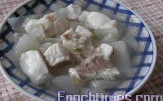 【健康輕食料理】蘿蔔魚湯
