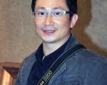 台湾画家傅彦熹说﹐一幅画的感动力是最重要的。(摄影﹕文忠/大纪元)
