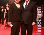 亞太電影傑出成就獎—吳宇森與太太牛春龍連袂出席亞太影展(攝影:宋碧龍╱大紀元)