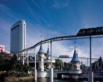 乐天世界集合娱乐﹑购物﹑住宿为一体。(韩国旅游局提供)